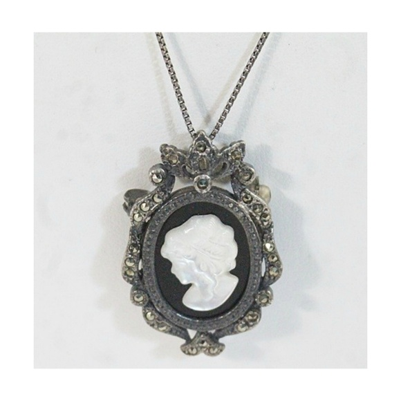 Vintage Mother of Pearl Cameo Necklace Black Cameo Necklace Mother of Pearl Silver Cameo Necklace
